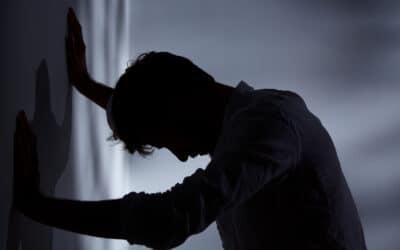 Du stress, en passant par l'anxiété, jusqu'à la dépression véritable : comment s'y retrouver, comment s'en sortir ?